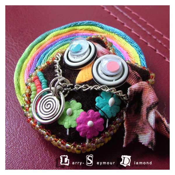 LSD owlet felt brooch