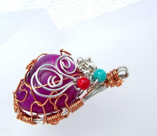 wire wrapped gemstone jewelry pendant