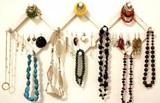 how to organise earrings